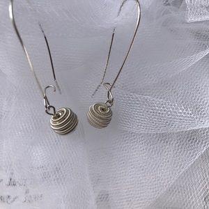 Jewelry - Silver toned drop earrings